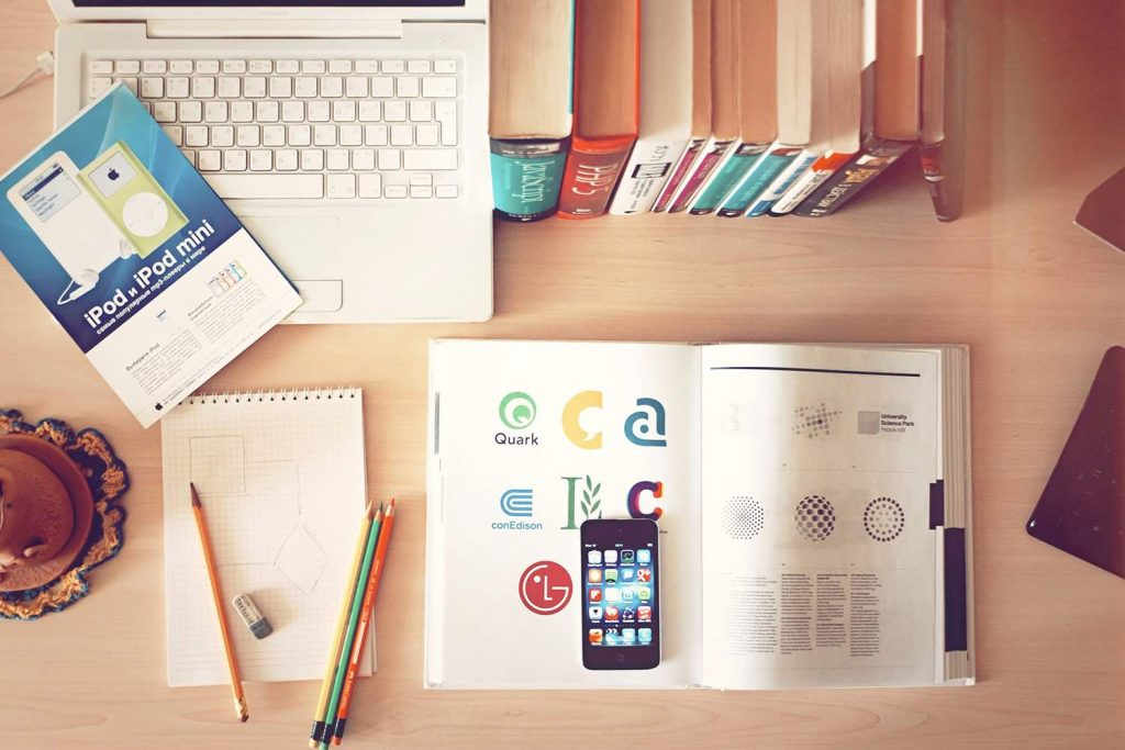 8 Online Graphics Tools To Amp Up Your Brand Design